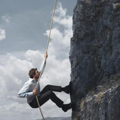 scalare-ostacolo-montagna_965x965